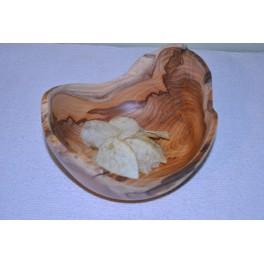 Miska z tisového dreva